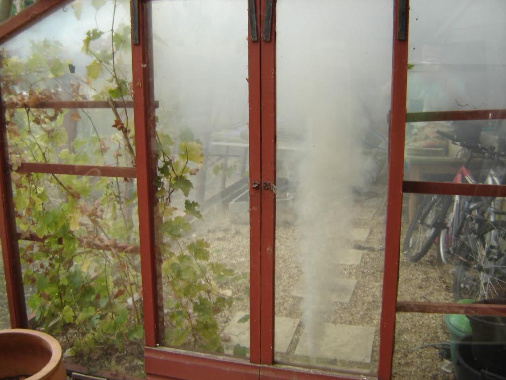 Самым известным методом газовой дезинфекции является окуривание серой