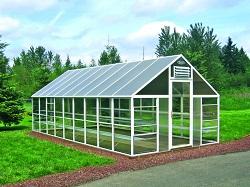 Прямоугольная теплица с двускатной крышей
