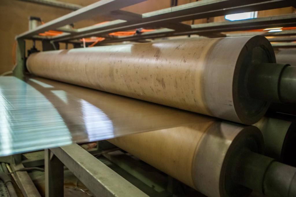 Качество начального сырья строго контролируется, что дает возможность получать материал с требуемыми характеристиками
