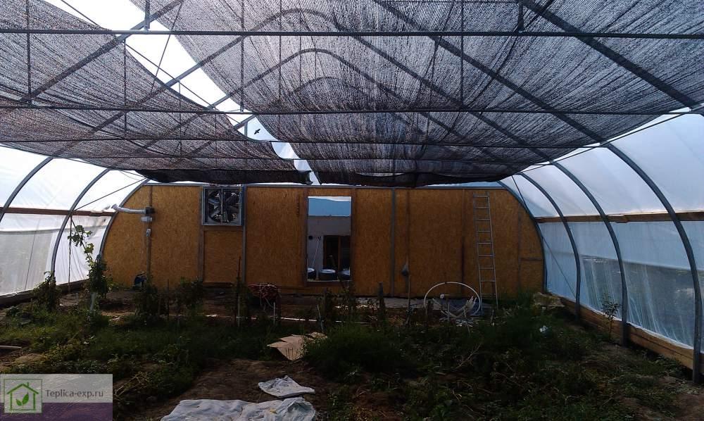 Система затененения в фермерской теплице