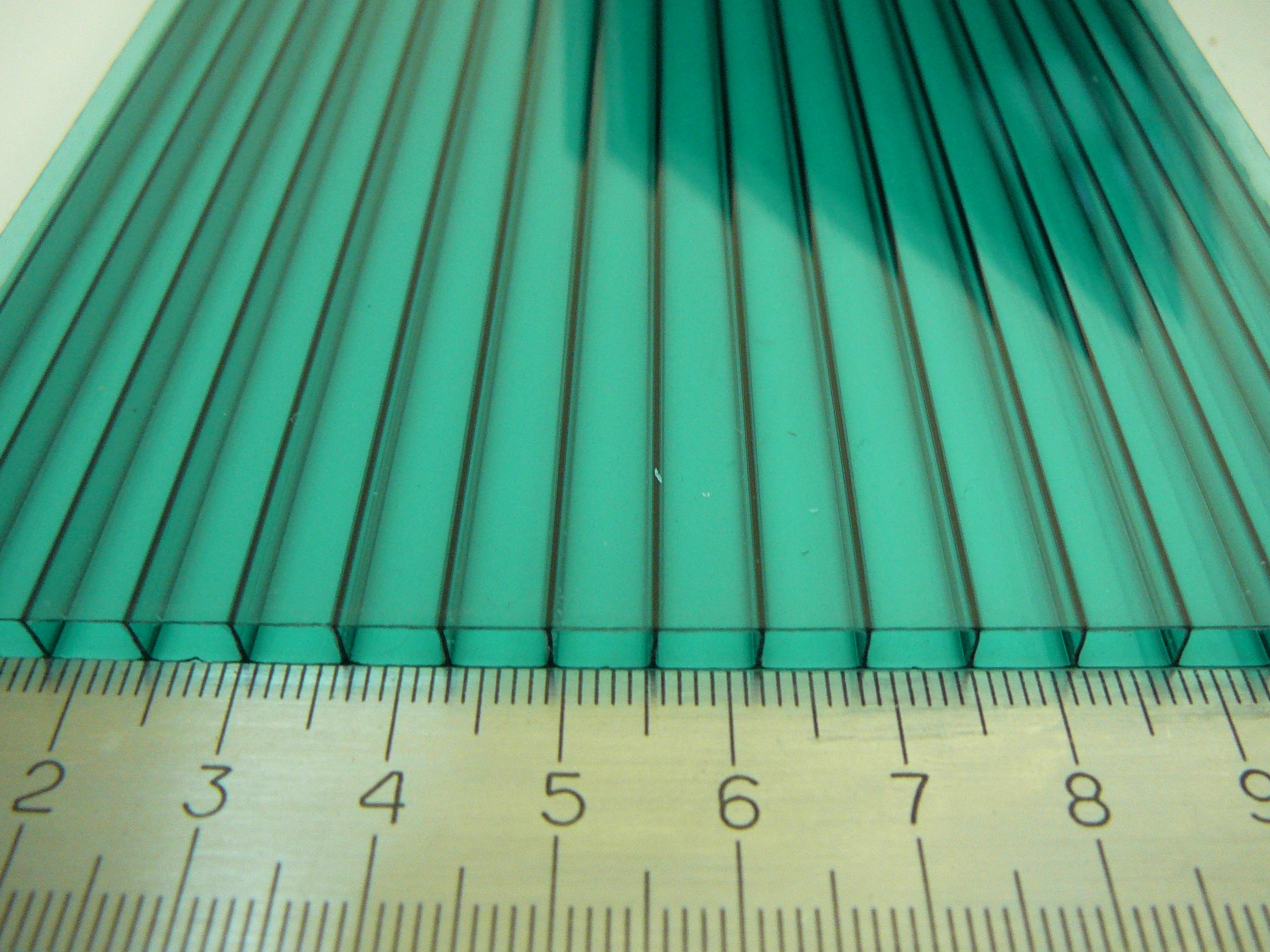 Сотовый поликарбонат 4 мм зеленый