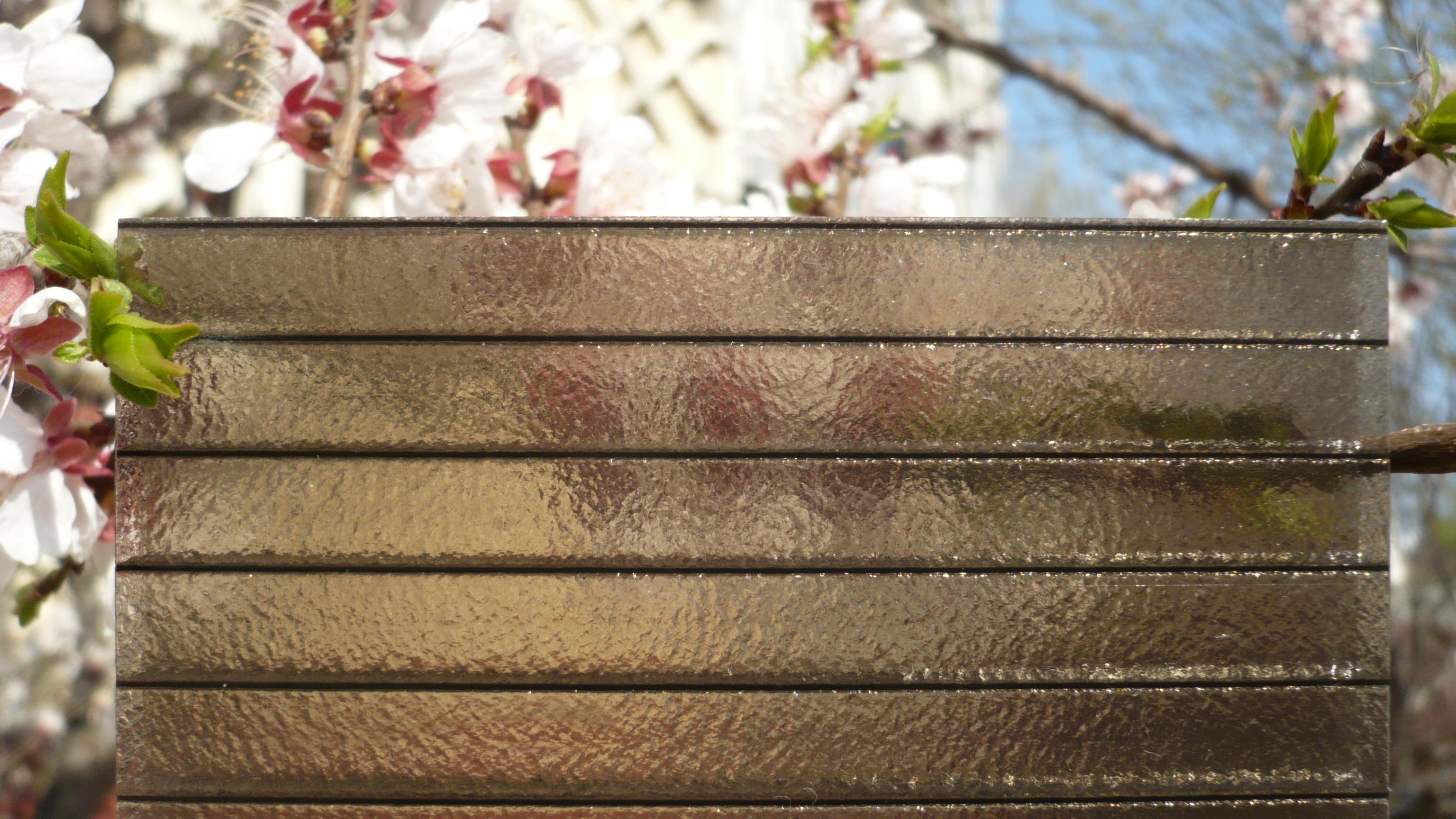 Стоимость изготовления бронзового поликарбоната такая же, как и любого другого