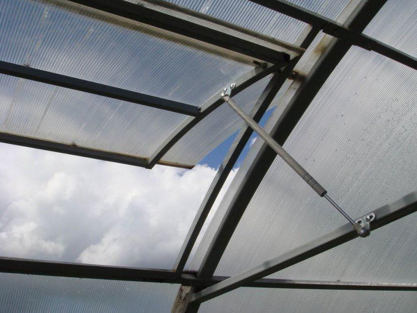 Термопривод как идеальная система автоматической вентиляции в теплице