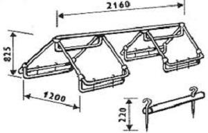 Старые раскладушки и спинки от кроватей