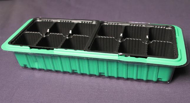 Пластиковый контейнер для рассады
