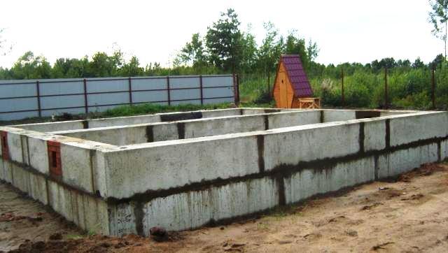 Сооружение блочного фундамента