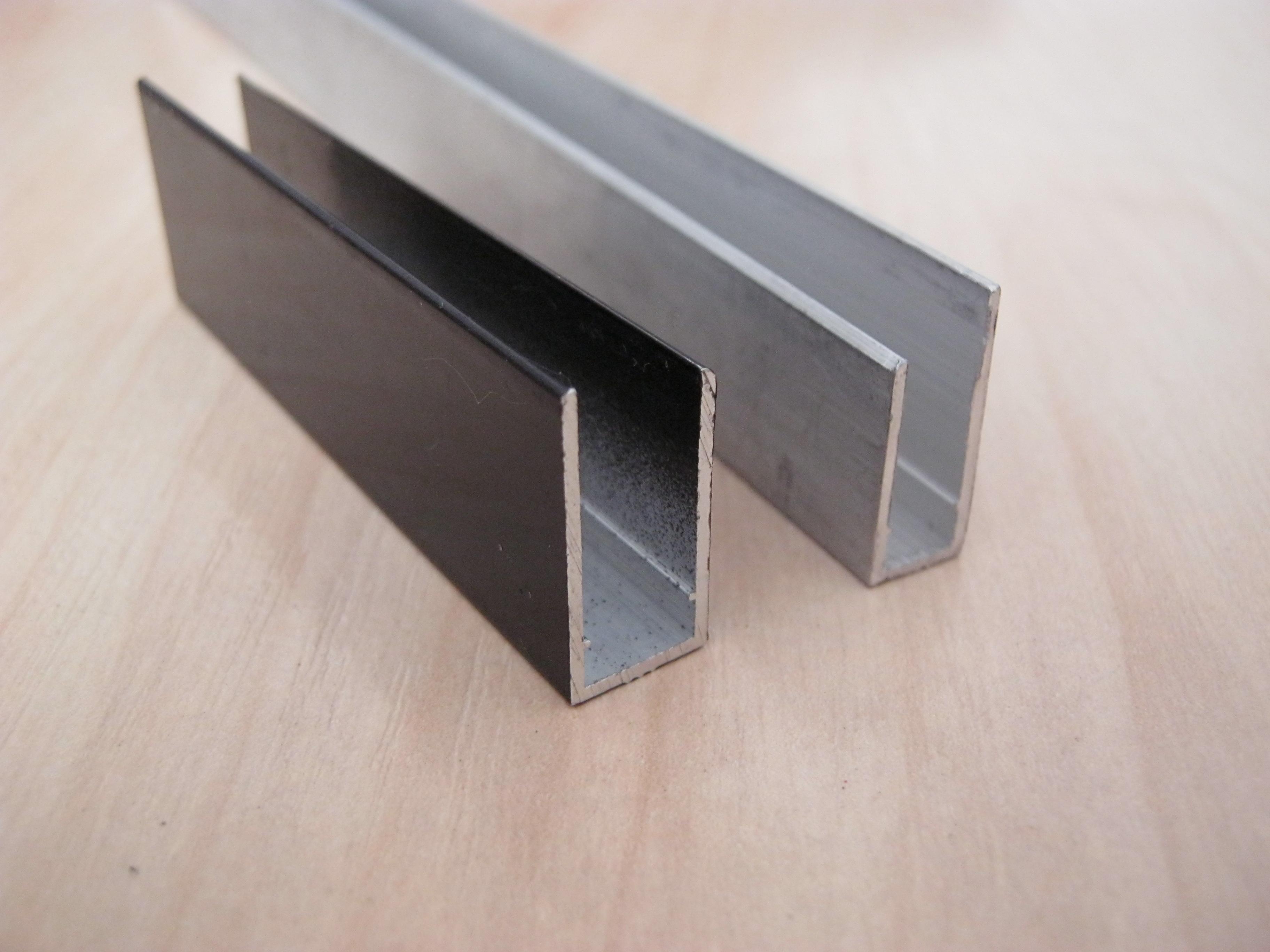 Торцевой алюминиевый поликарбонатный профиль (UP профиль)