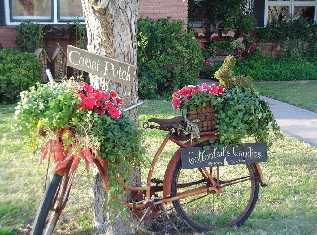 Необычное использование старого велосипеда