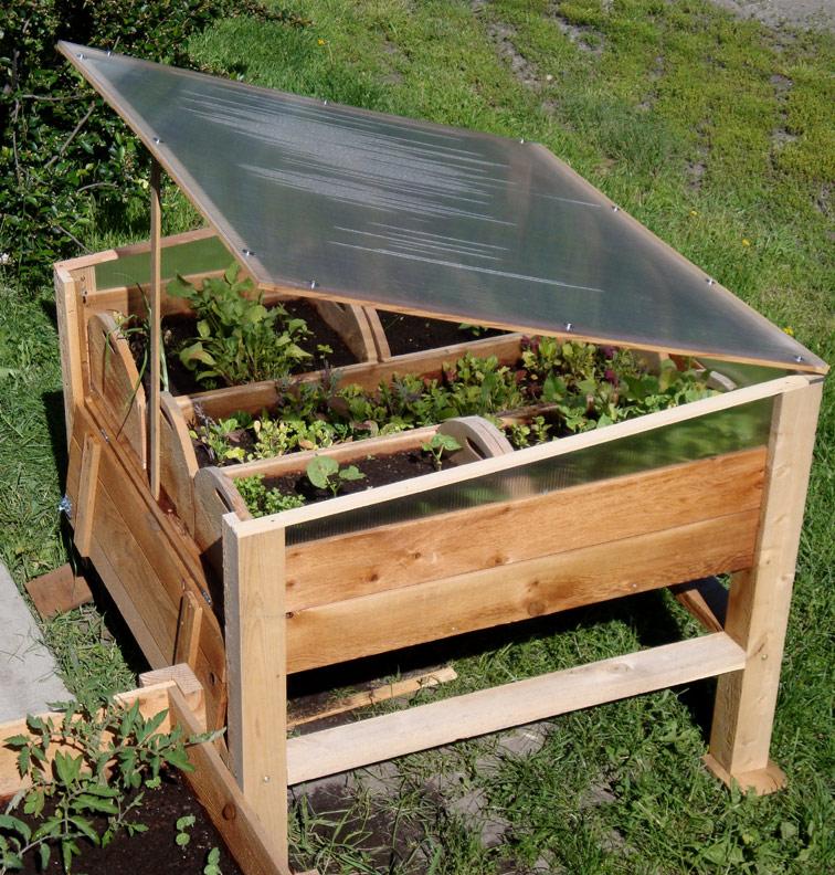 Переносная теплица-ящик для зелени