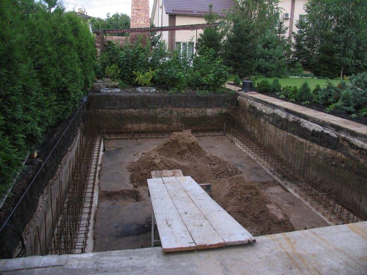 Заливка фундамента и арматуры под установку термоблоков