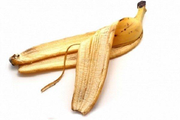 В банане содержится много калия, не меньше концентрация этого вещества и в кожурке фрукта