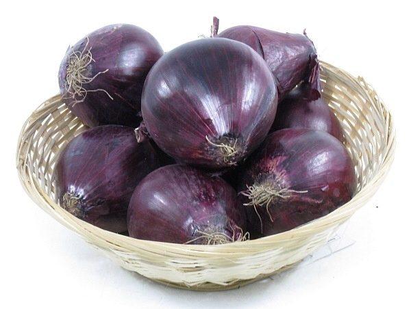 Для получения семян нужно правильно выбрать маточные луковицы