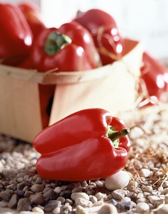 Перец - одна из самых популярных овощных культур огородников