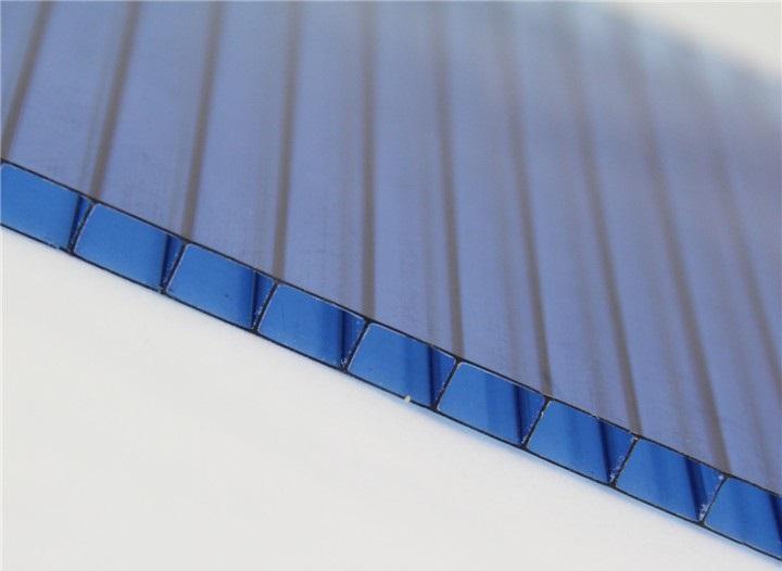 Какого цвета поликарбонат лучше использовать для теплицы