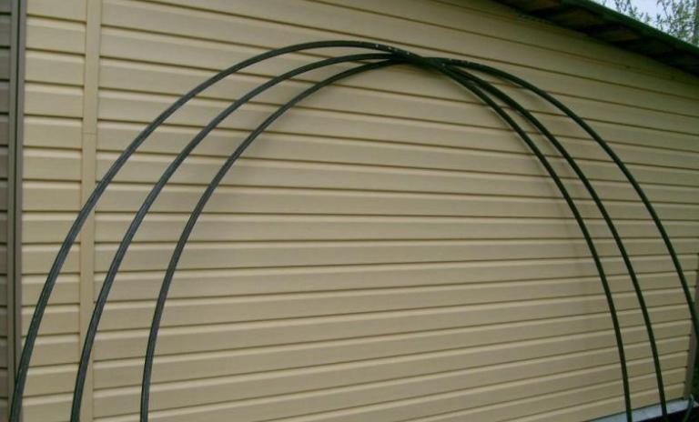 Цельные дуги для теплицы, изготовленные из металла