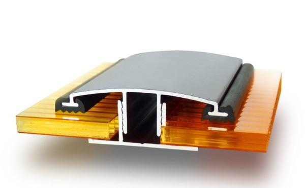 Соединение поликарбонатных плит