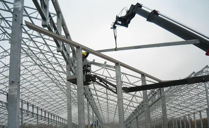 Строительство промышленной теплицы с металлическим каркасом