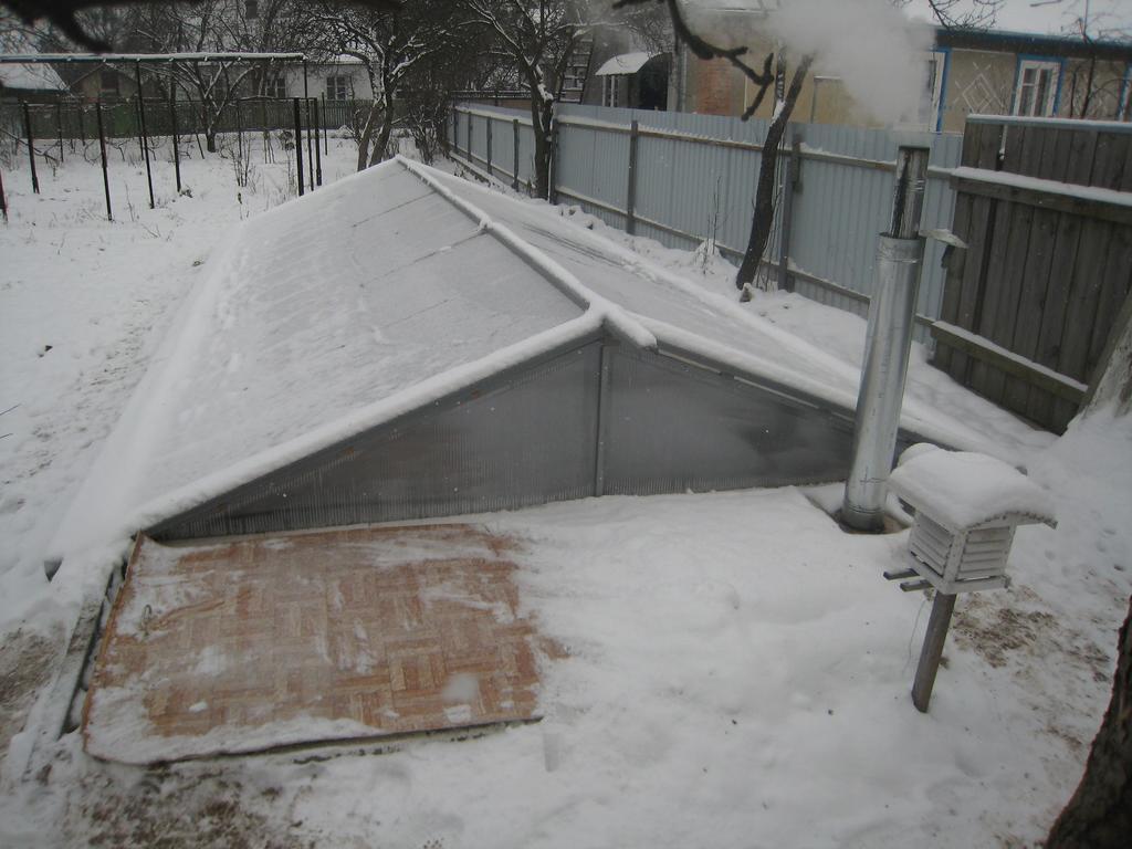 Зимняя теплица без отопления своими руками видео